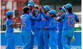 سہ رخی سیریزسے  پہلے  ہندوستانی خاتون ٹیم کامقابلہ انگلینڈ سے
