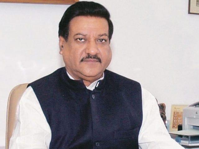 کانگریسی لیڈرپرتھوی راج چوہان کا مشورہ،مندروں کے سونے عطیے میں لیے جائیں، بی جے پی ناراض