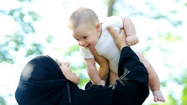 بچوں کی مادری زبان:ذاتی تجربہ اور چند مشورے-عابدہ آغا شیخ ''ثریا''