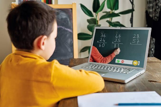 آن لائن تعلیم میں مشکلات کی وجہ سے 43 فیصد معذور طلبہ چھوڑسکتے ہیں تعلیم:سروے