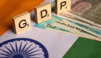 ملکی معیشت کی بدحالی:ایکٹ آف گاڈ یا کچھ اور؟-نایاب حسن