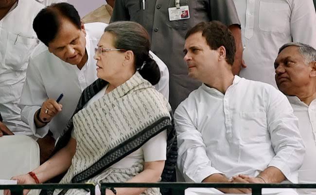 احمد پٹیل:گاندھی خاندان کے بعد کانگریس کا سب سے طاقت ور شخص- رشید قدوائی