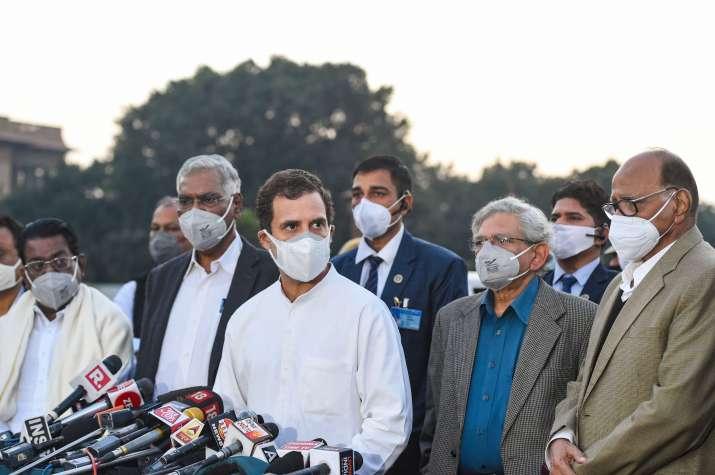 کانگریس کا پارلیمانی کمیٹی کے اجلاس سے واک آؤٹ،راہل گاندھی نے کہا،وقت ضائع ہوا
