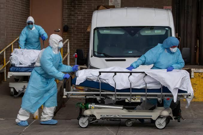 کرونا وائرس:امریکہ میں مسلسل تیسرے روز ریکارڈ اموات، مزید 4000 افراد ہلاک