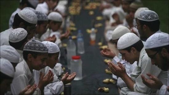 ہاں میں رمضانی مسلمان ہوں۔ نازش ہما قاسمی