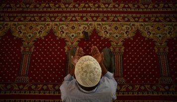 رمضان کے تین عشروں سے متعلق حدیث کی مختصر تحقیق-ڈاکٹر محمد نجیب قاسمی سنبھلی