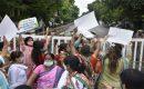 یوگی کی رہائش گاہ پرکانگریس کارکنان کا مظاہرہ،'چندہ چور،گدی چھوڑ'کے نعرے